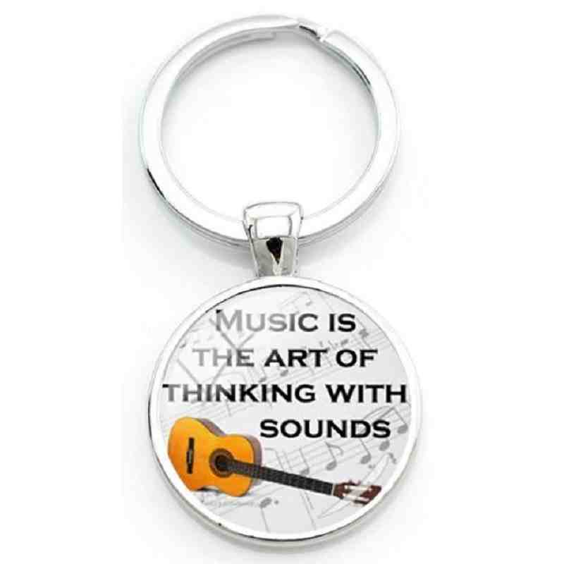 "Porte-clé ""Music is the art to thinking with sounds""."